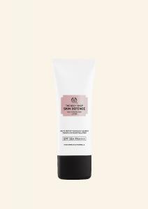 Skin Defence multifunkciós hidratáló SPF50 PA++++ 60ml