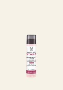 E-vitaminos ajakápoló SPF 15